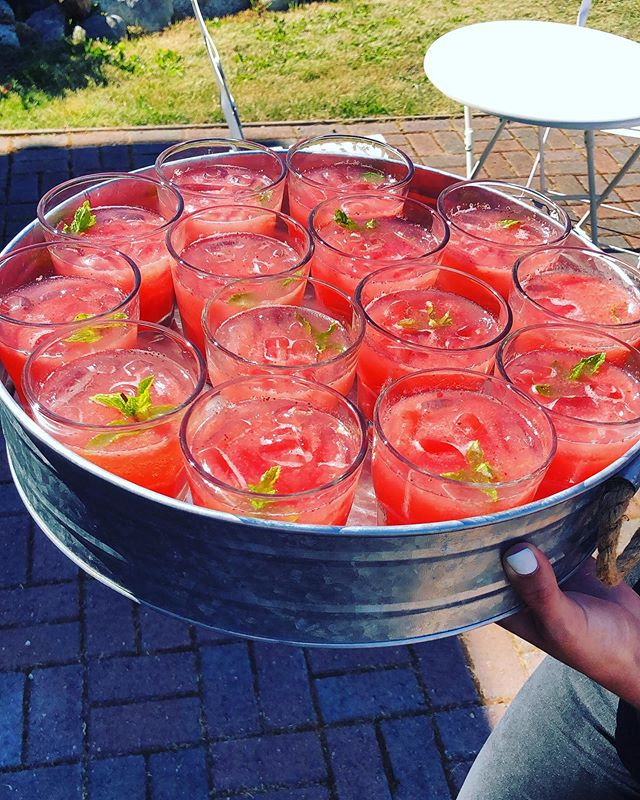 We love a summer sipper! 😋 strawberry + watermelon agua frescas made with local @bells_strawberry_farm 🍓 from this past Saturday  Venue, floral + coordination: @whidbeyislandweddings