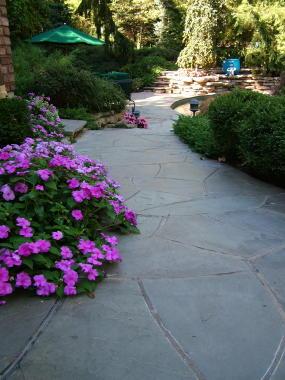 flagstone-walkway.jpg