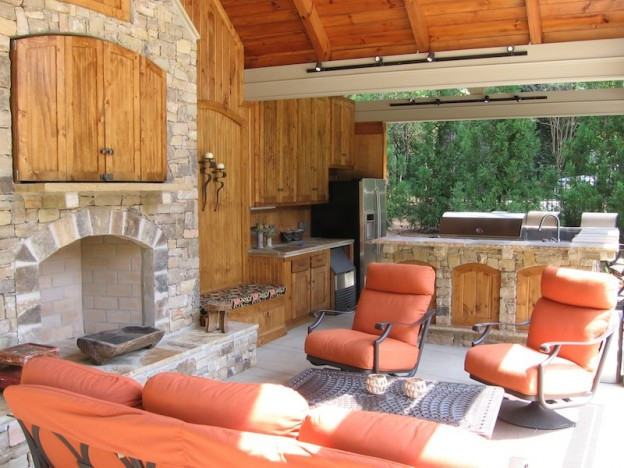 Outside-landscape-Kitchen-2-624x468.jpg