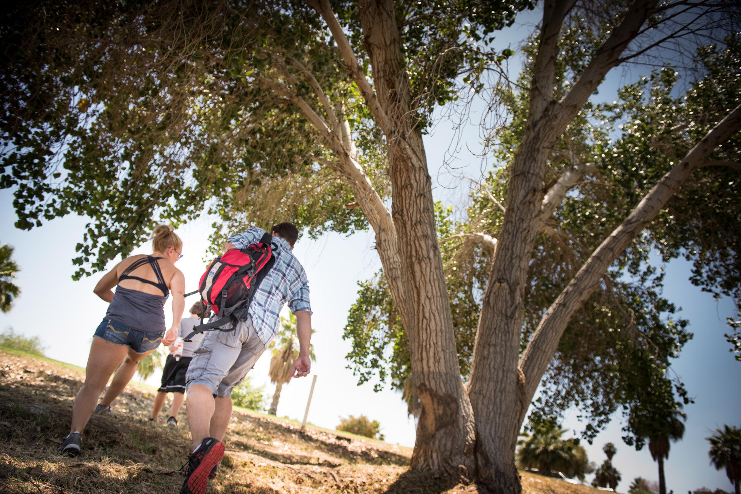 couple-hiking-arizona-oasis-rv-resort.jpg