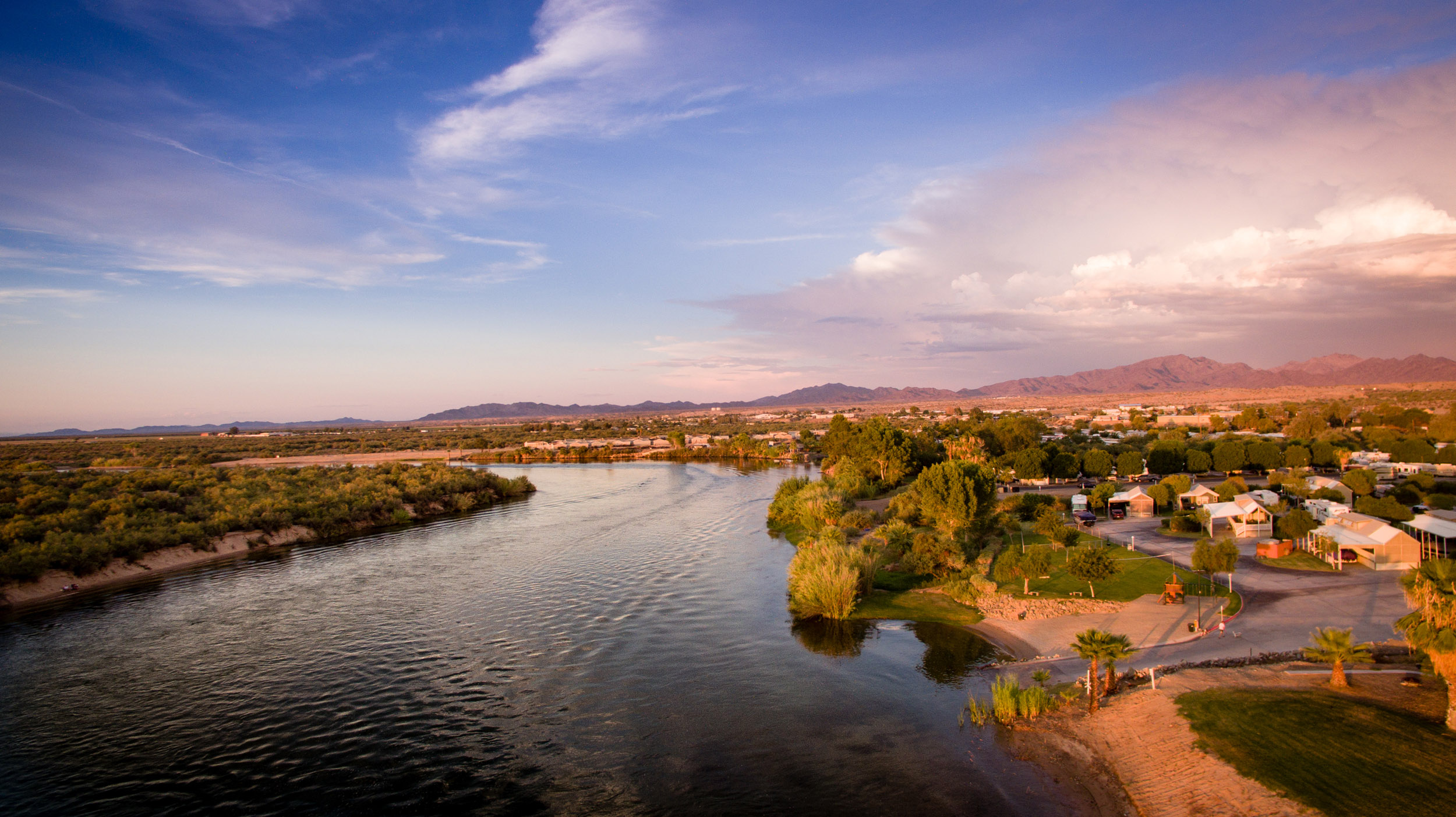 colorado-river-by-arizona-oasis-rv-resort.jpg