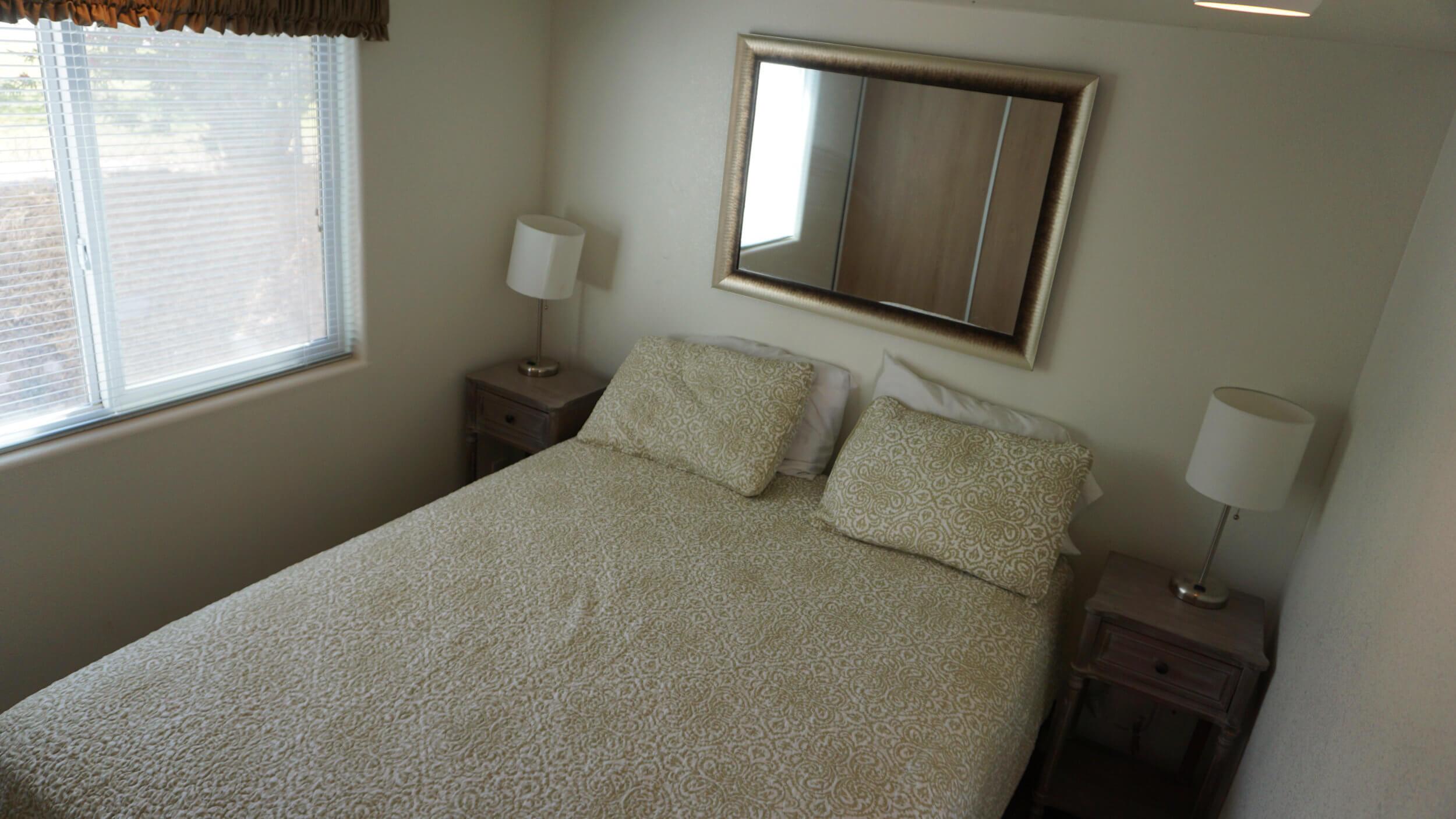 bedroom-standard-rental.jpg