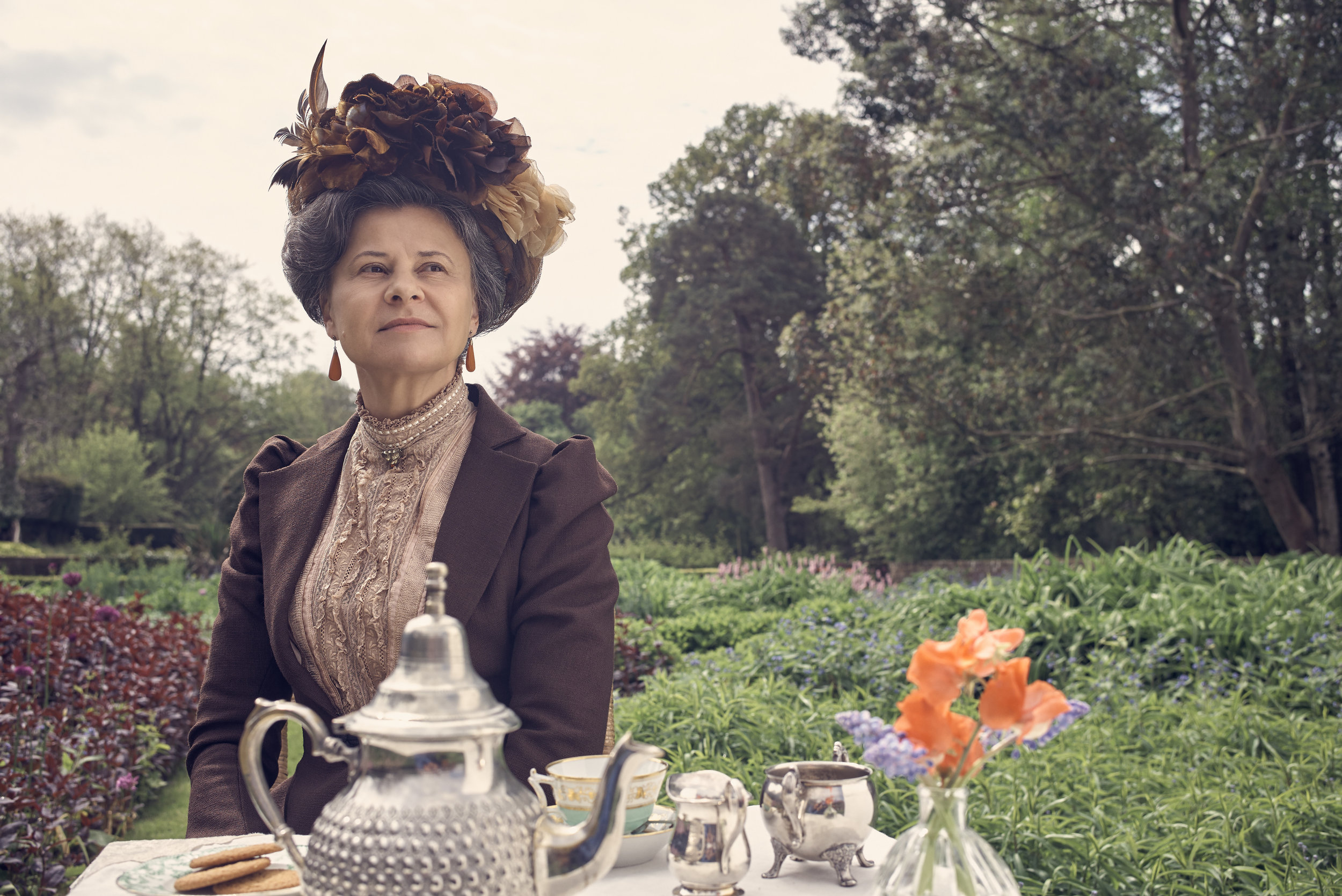 Tracey Ullman (Aunt Juley)- Howards End.jpg