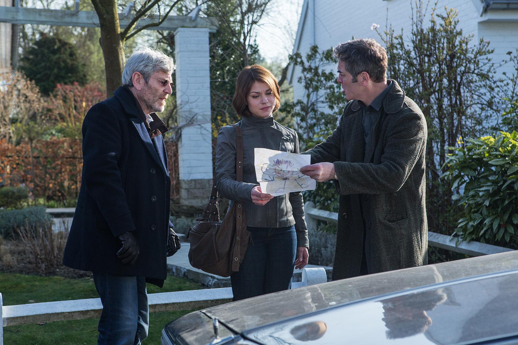 Tcheky Karyo (as Julien Baptiste) ; Emilie Dequenne (as Laurence); James Nesbitt (as Tony Hughes).jpg