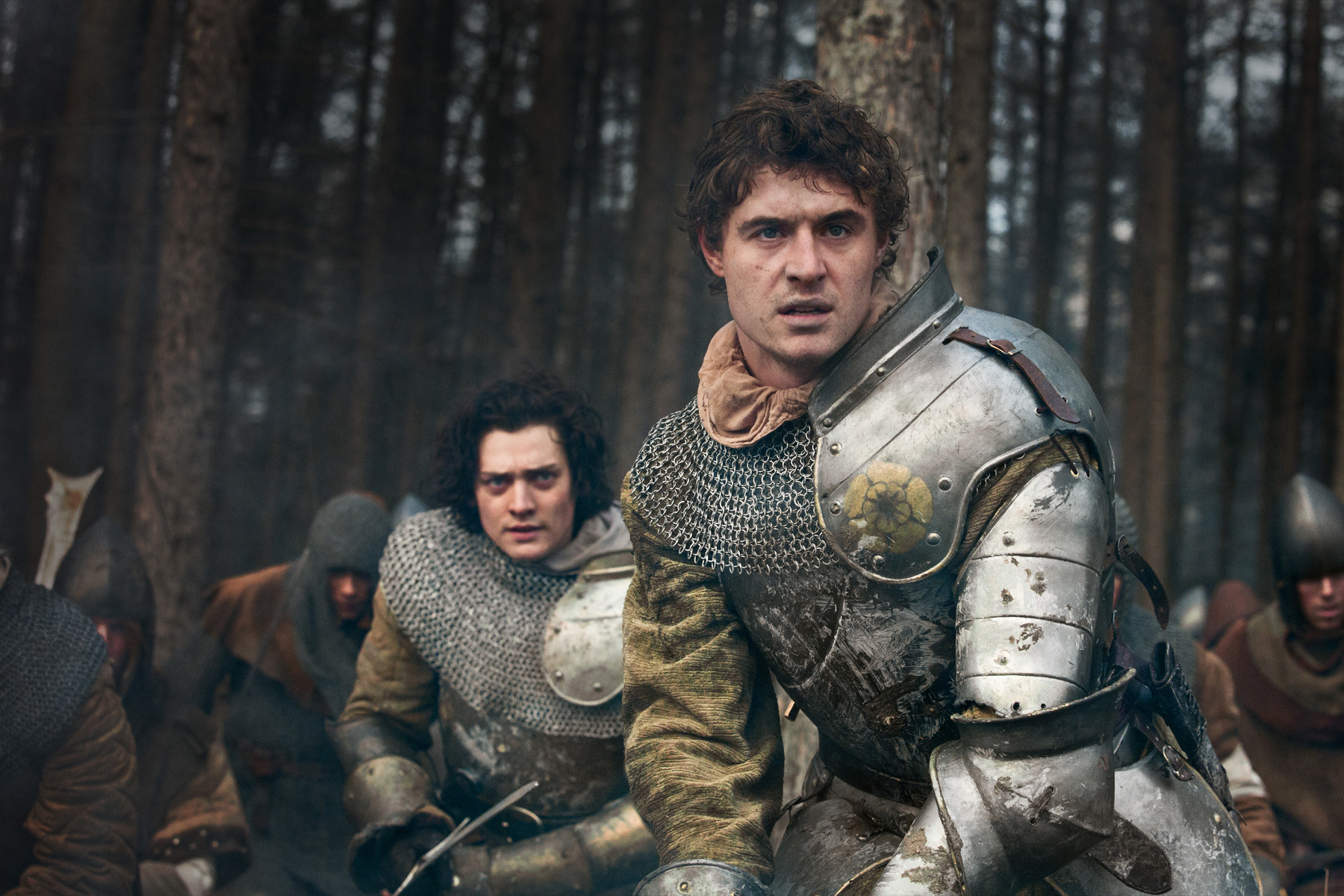 Richard, Duke of Gloucester (Aneurin Barnard), King Edward IV (Max Irons).jpg