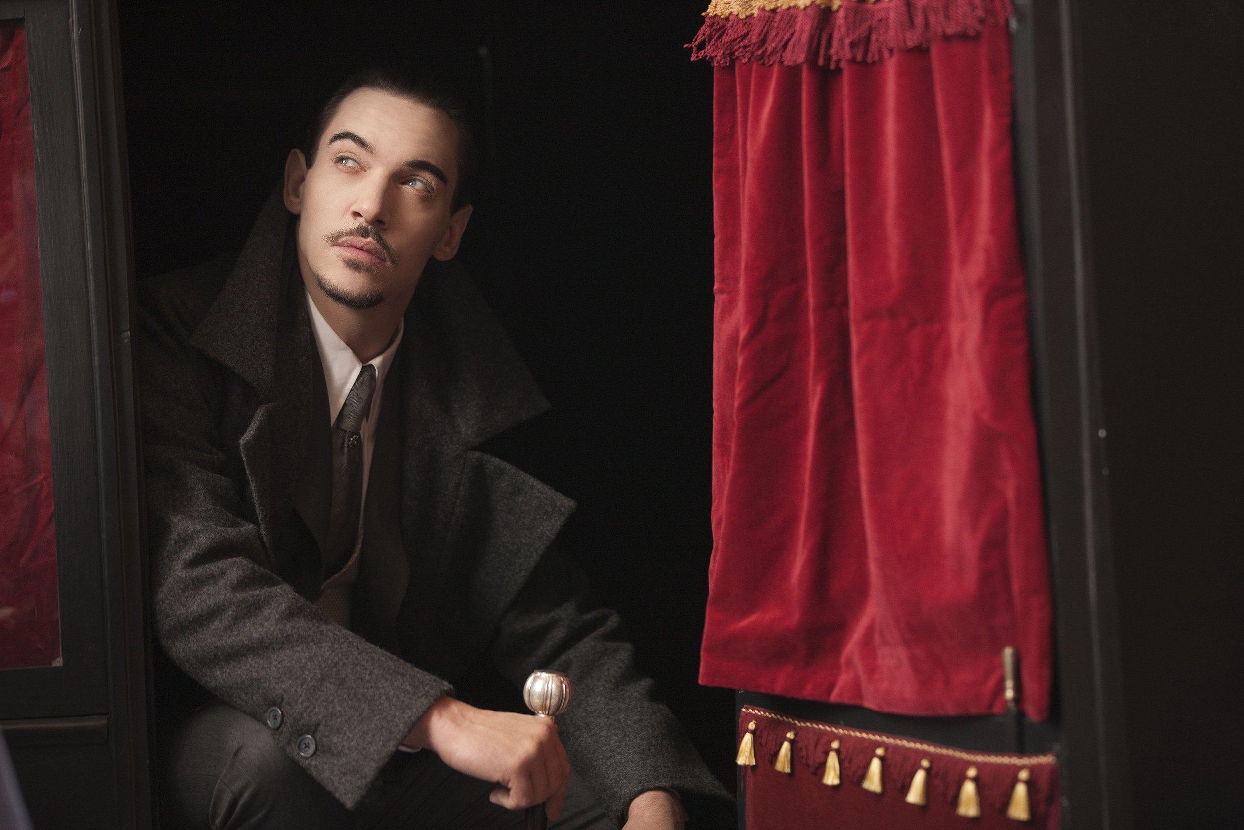Dracula 8.jpg