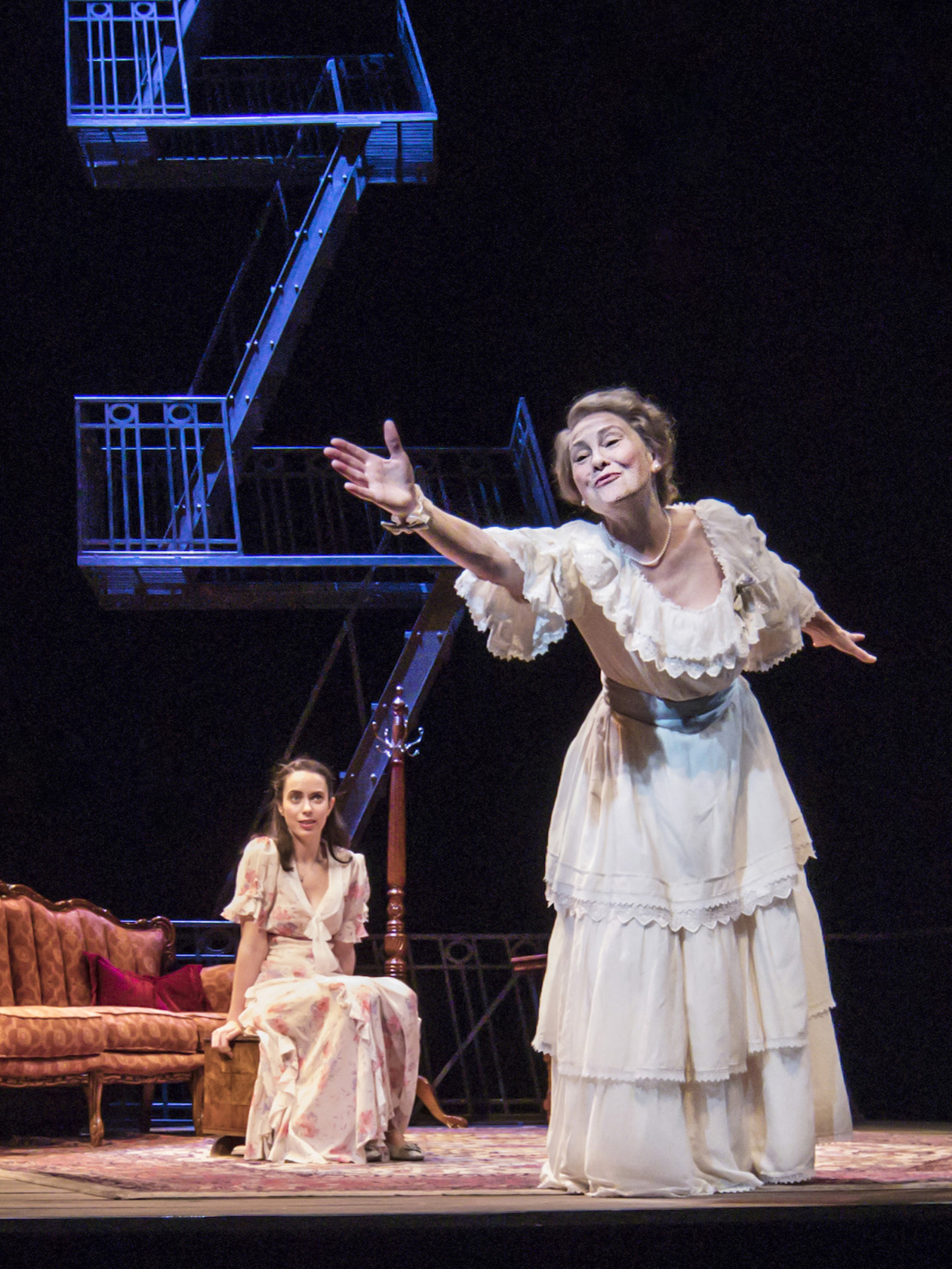 THE GLASS MENAGERIE  7 NOMINATIONS