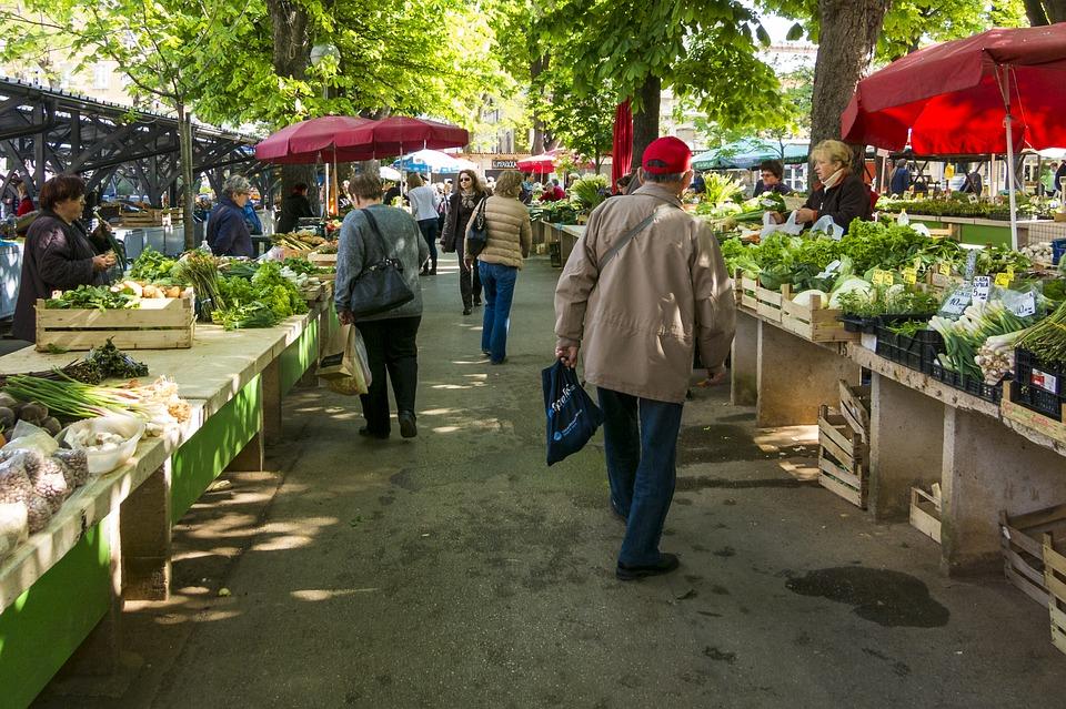 market-1558658_960_720.jpg