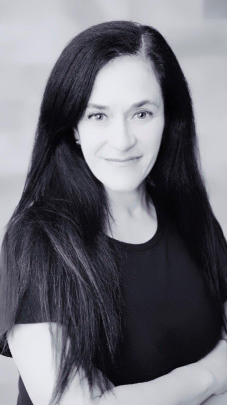 The Yoga Ground Instructor Lisy Espindola
