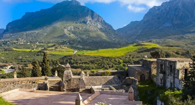 kato-moni-preveli-monastery-crete-greece_main.jpg