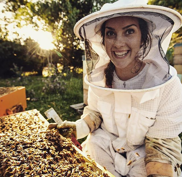 So so excited to share some images of @munrohoneyco and can't wait for the full video story this Sunday.  Steph is an absolute bundle of enthusiasm and loves her bees so much.  You can't help but smile while listening to her.  #storythissunday #lovebees🐝  @pix2envy