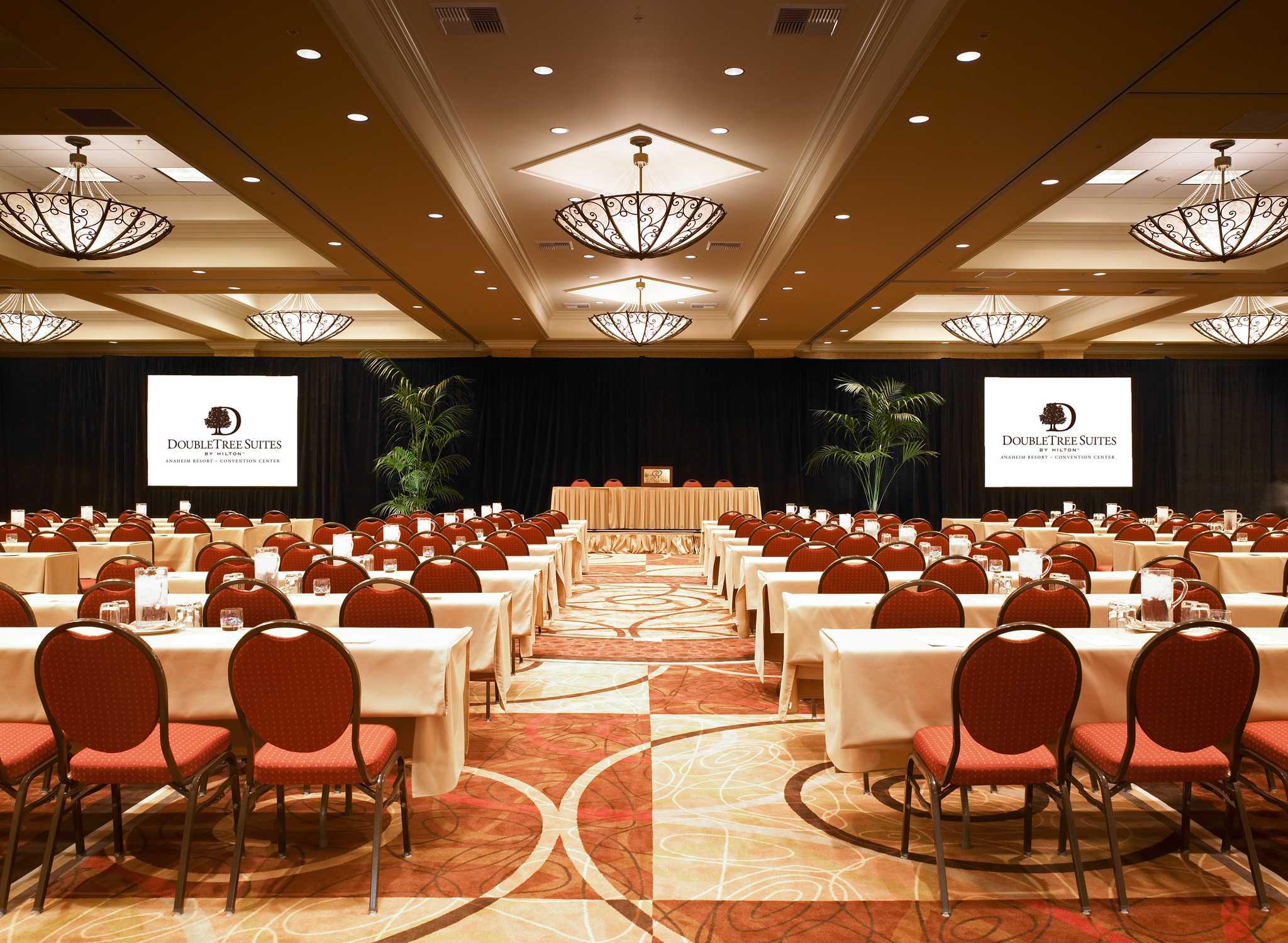 SNADCDT_meetings_full_meetingroom01.jpg