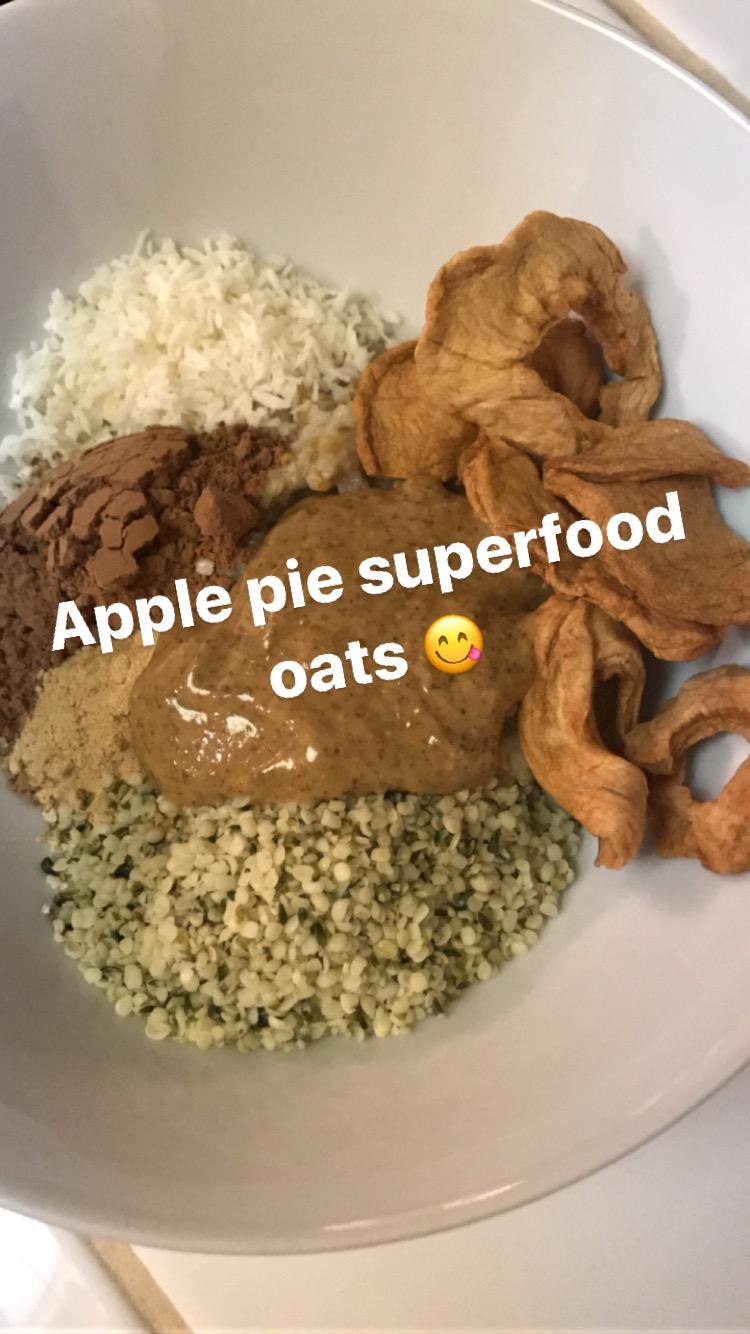 Apple Pie Superfood Oats Recipe