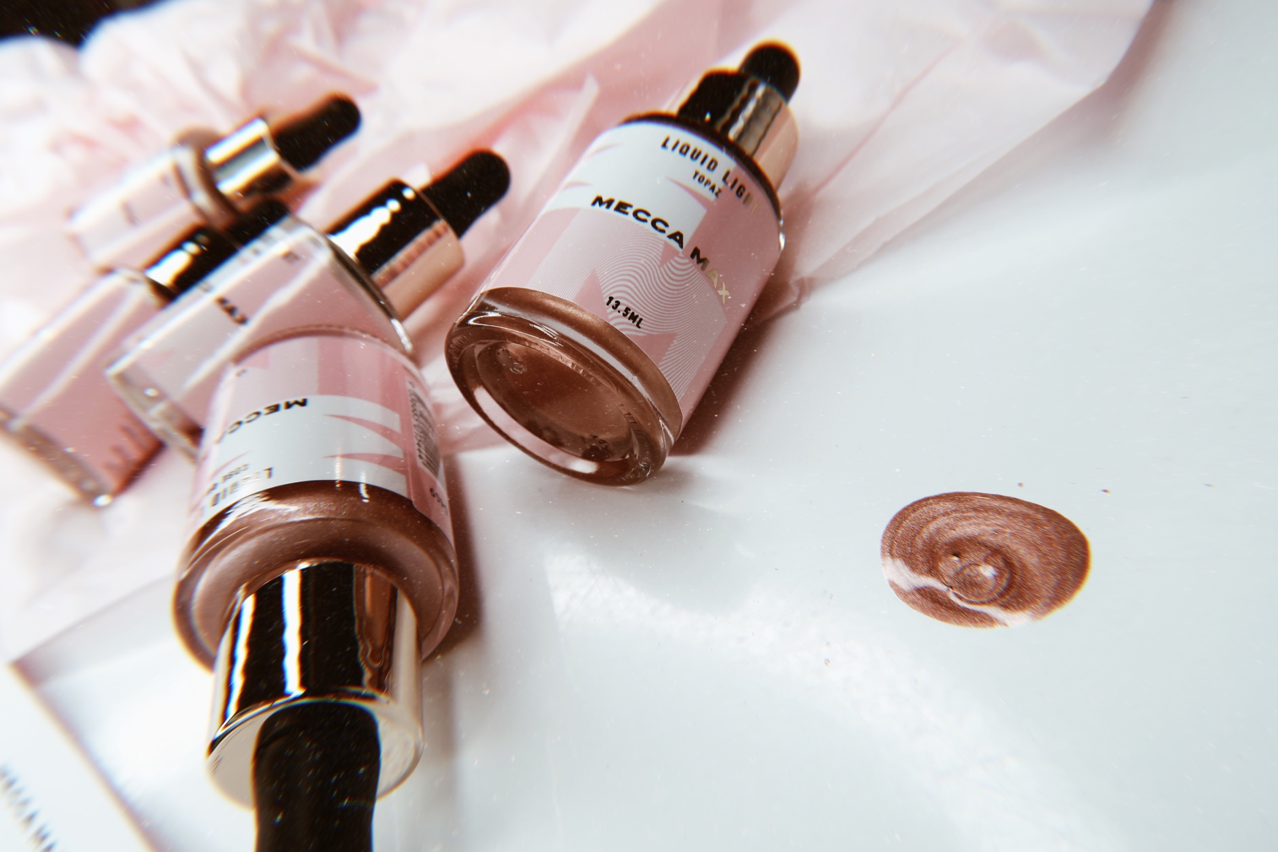 MECCA MAX Liquid Light Highlighter in the new limited edition 'Rose Quartz' shade