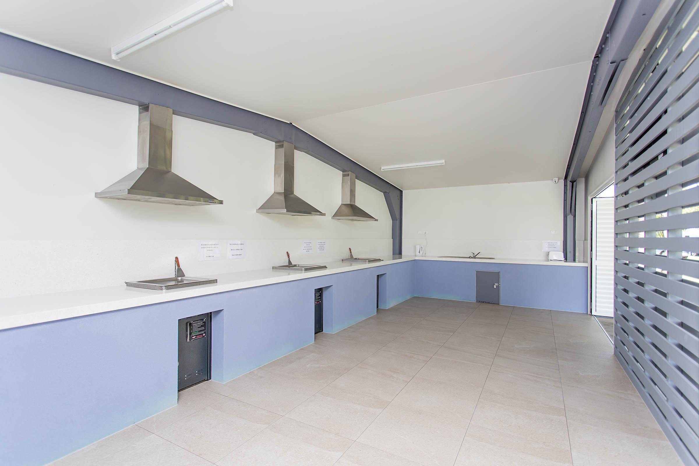 Andergrove Van Park Camp Kitchen