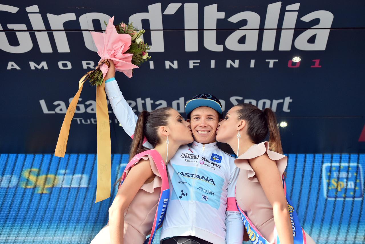 italy-bike-tours-queen-stage-podium.JPG