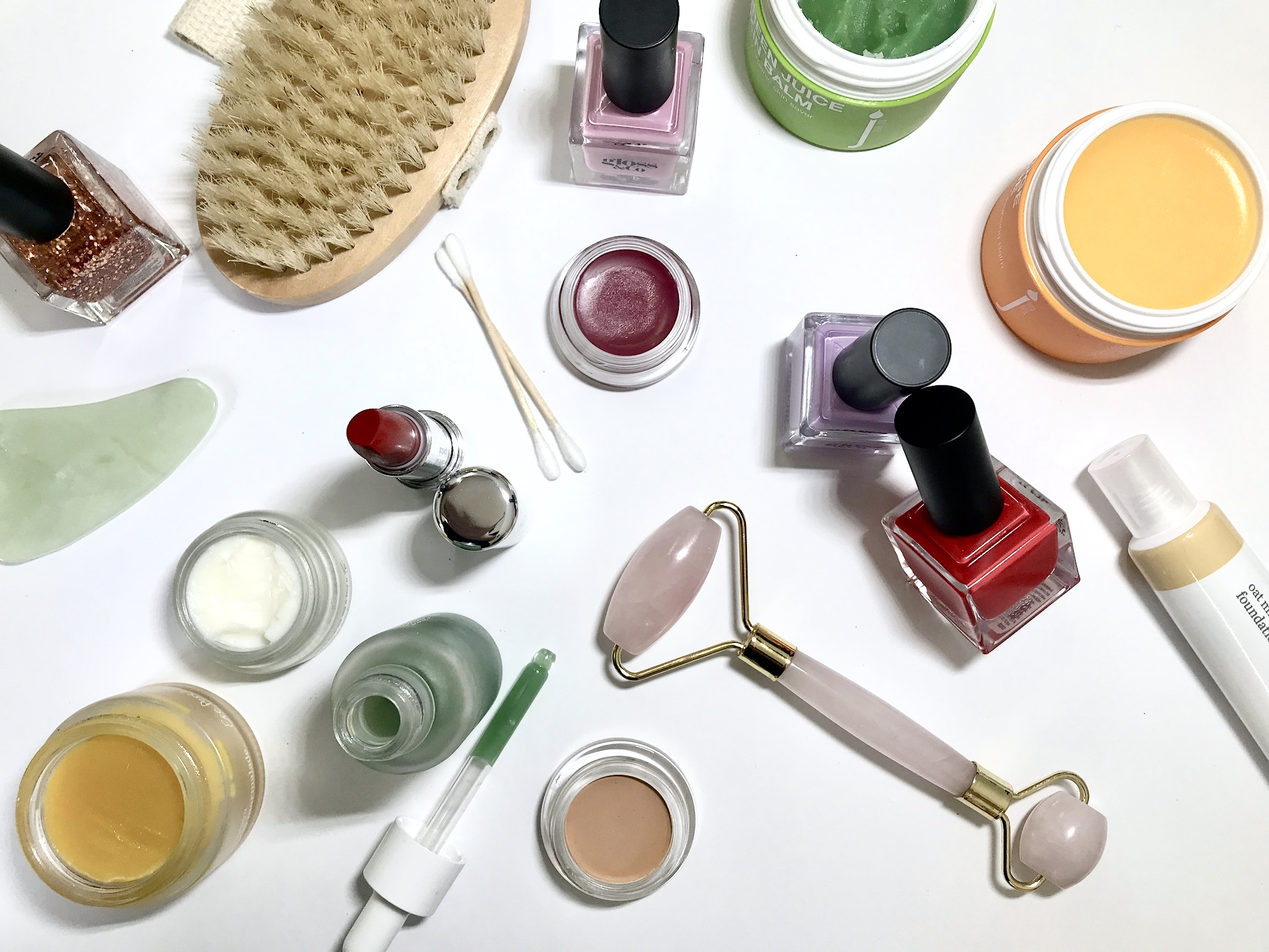 Shop Online. - We are obsessed with clean beauty and wellness products. Products with the cleanest ingredients, that really work, that you will fall in love with. We want your self care routine to be a guilt free pleasure. Our consciously selected products will make this even easier.SHOP ONLINE