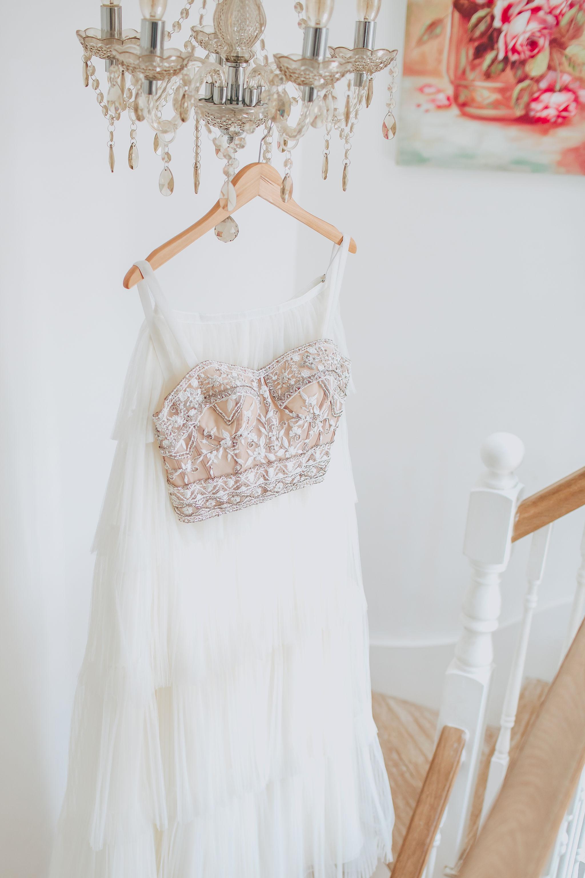 canvas-and-light-white-tipis-bridal-indulgence.jpg