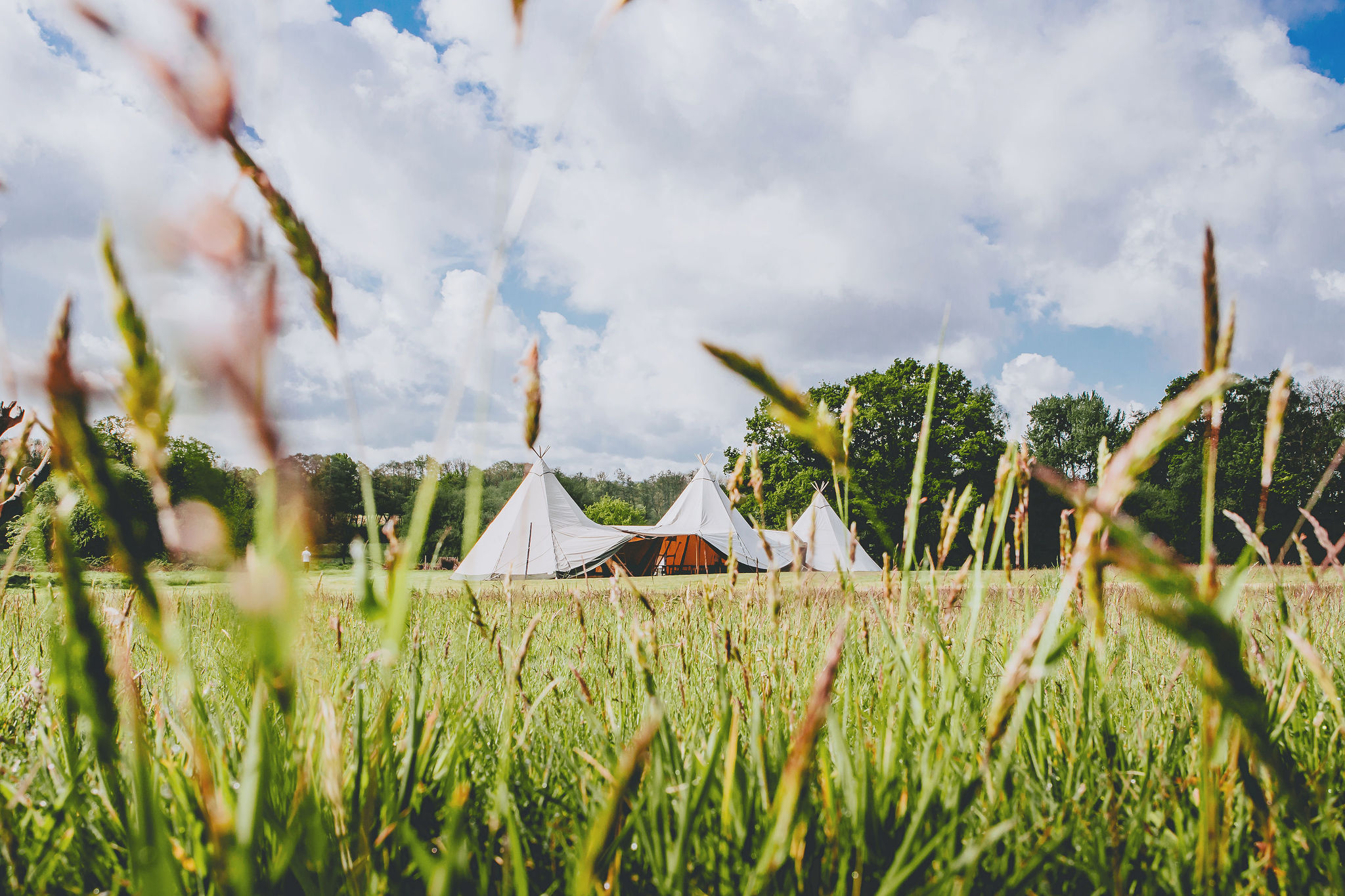 canvas-and-light-white-giant-tipi-hire-2.jpg