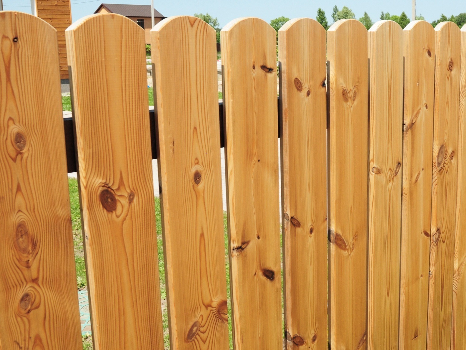 Garden Fencing - From privacy, panel fences to decorative picket fences. We can build and install any type of garden fence timely and tidily