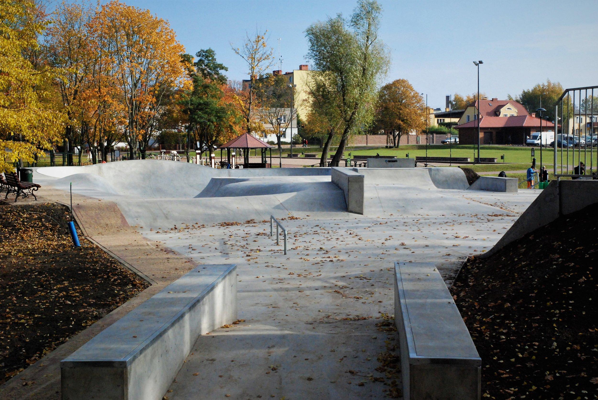 Skatepark - Chojnice - 2015.JPG