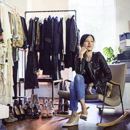eaves_mainline_today_stylish_woman_susan_bg.jpg