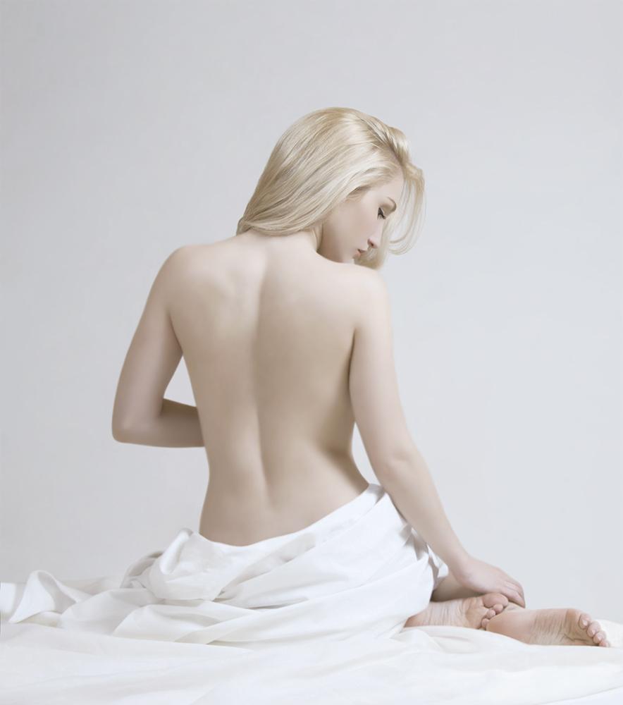 Nude XL.jpg
