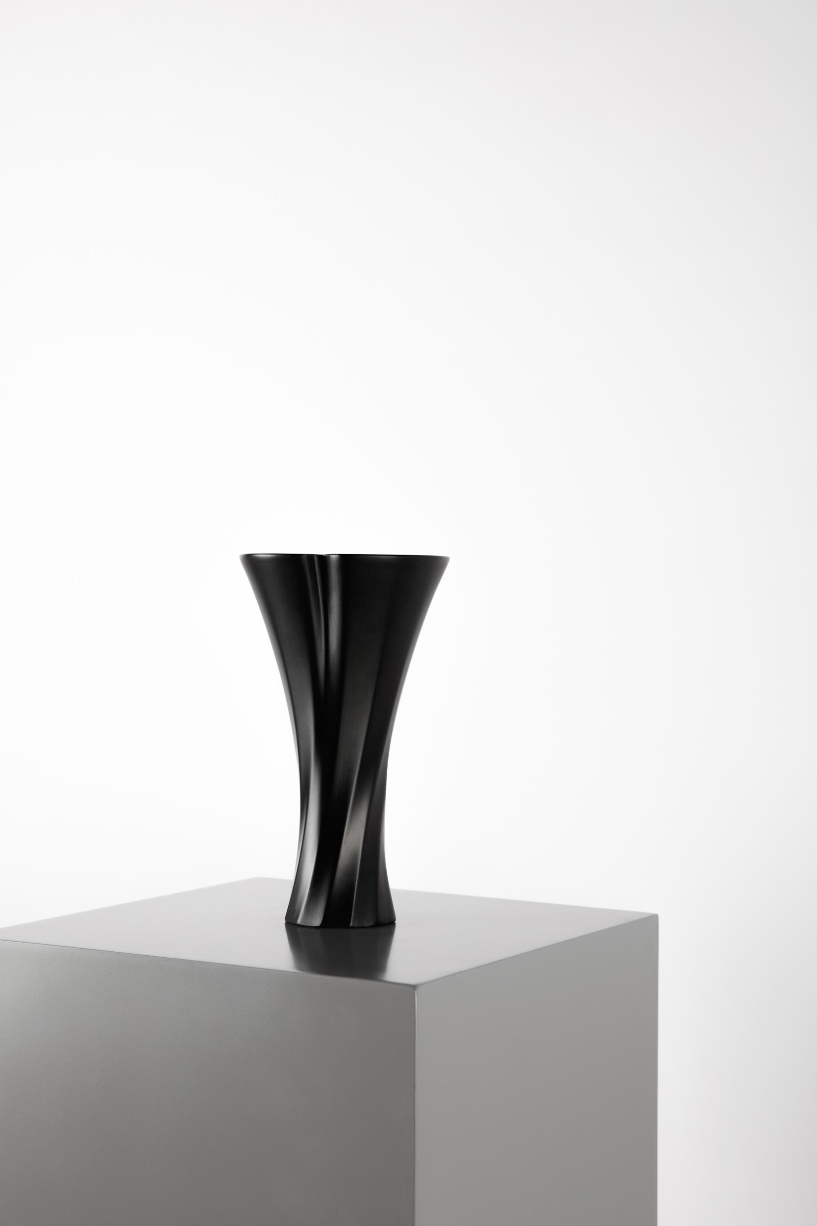 Thari Scent Burner - Layth Mahdi + Studio.d04