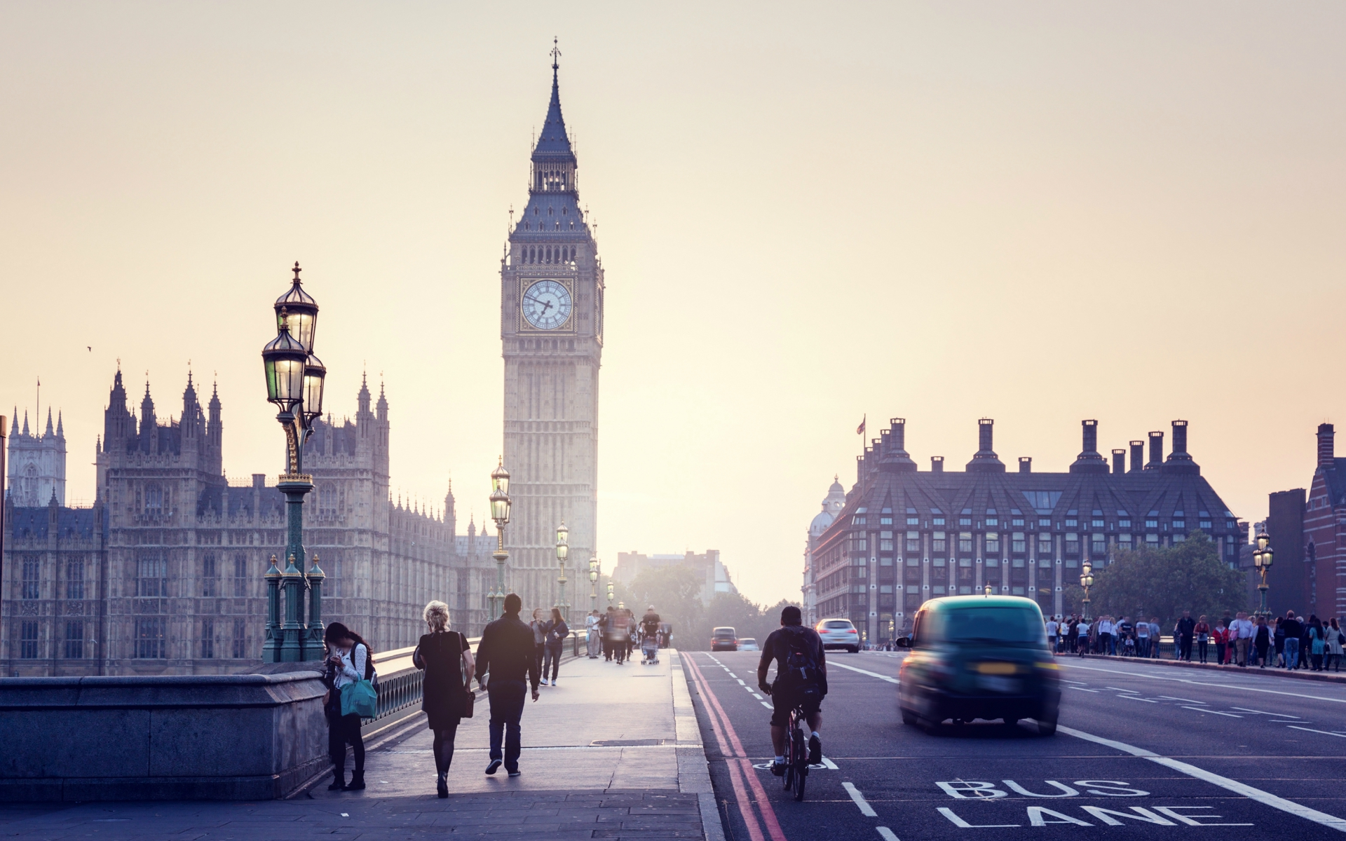 London_revealed_2_1920x1200.jpg