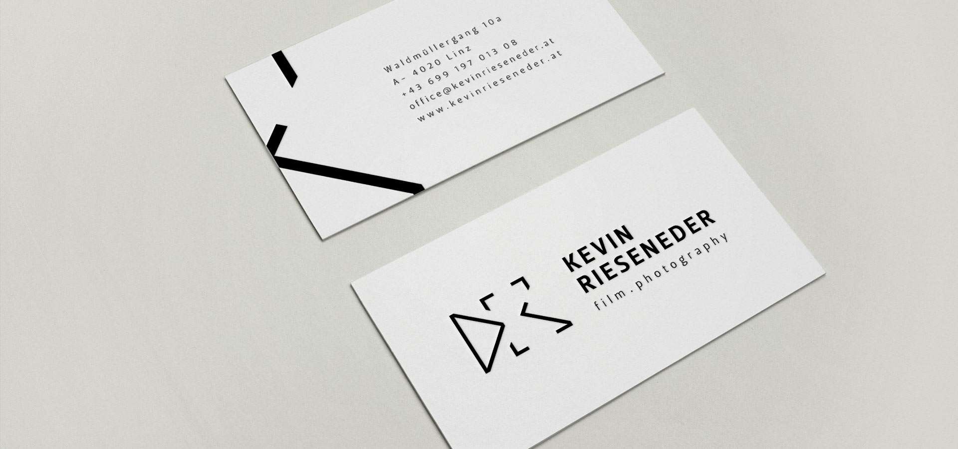 kevin_businesscards_top1.jpg