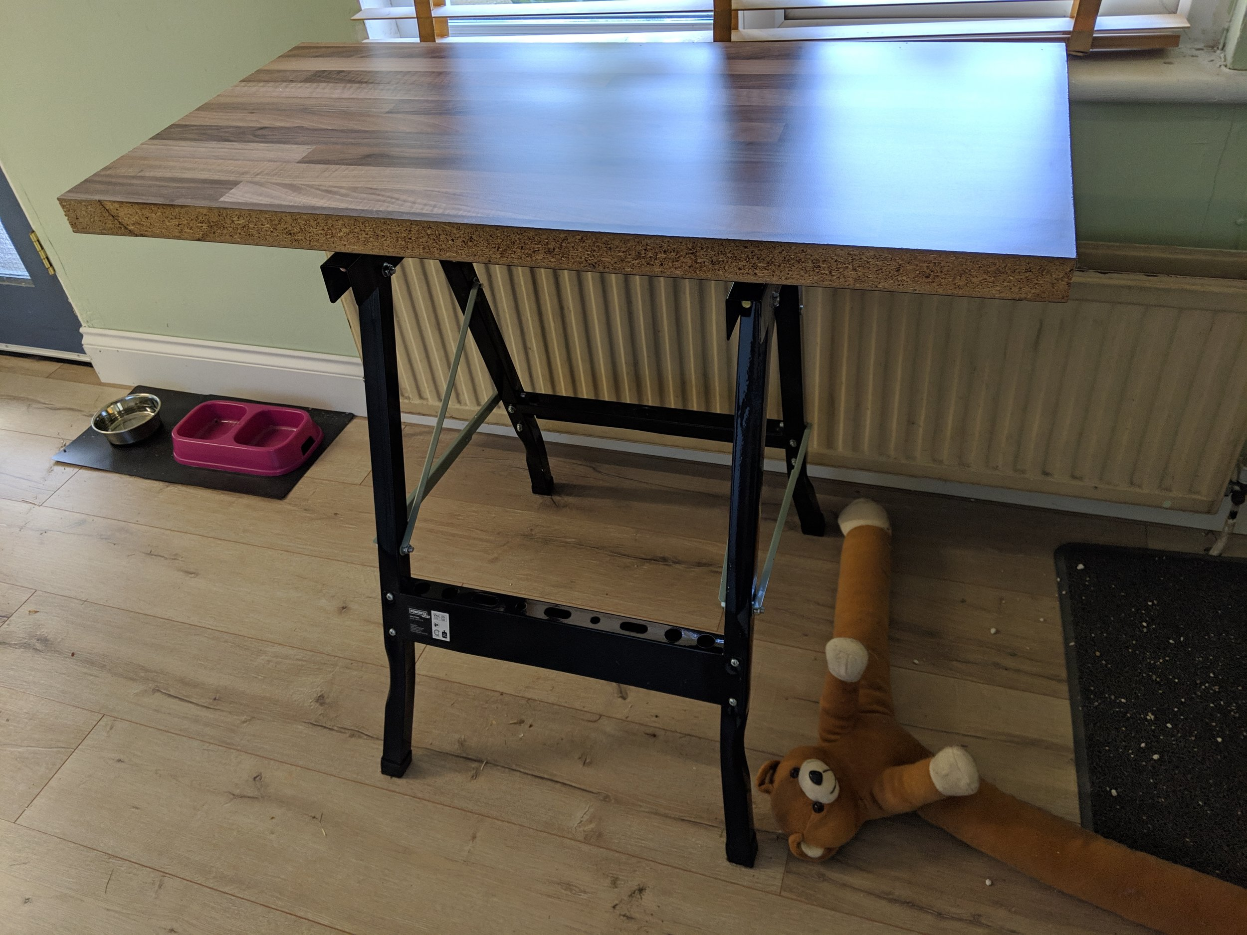 Making a kitchen table from a Workmate (knock-off) and a ...