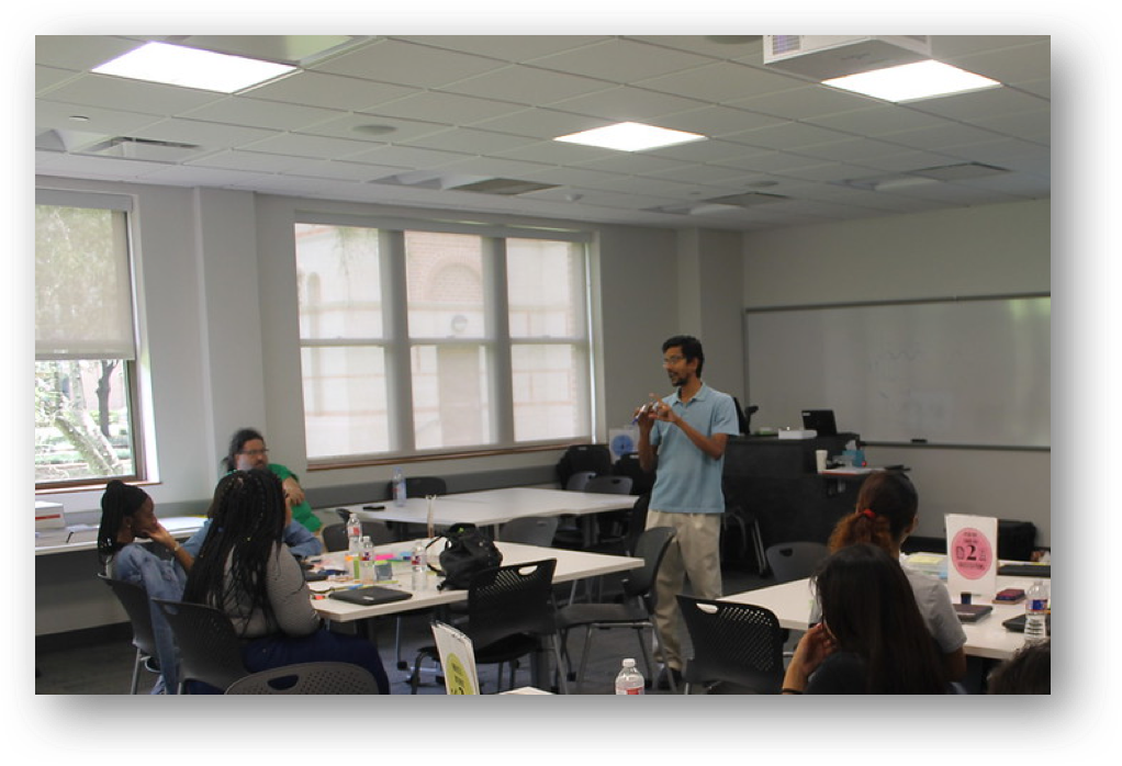 Dr. Veeraraghavan presenting in Computing for Health Course