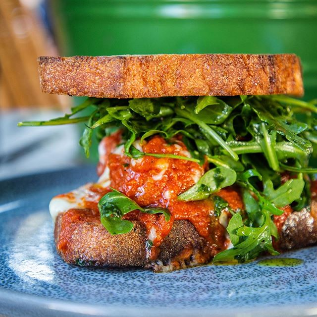 Strong meatball vibes today #sandwich #meatball . . #sydney #sydneyeats #sydnyelocal #doublebay #easternsuburbs #littlejeandoublebay #breakfast #lunch #dinner #dinner #sydneyfood #afternoon