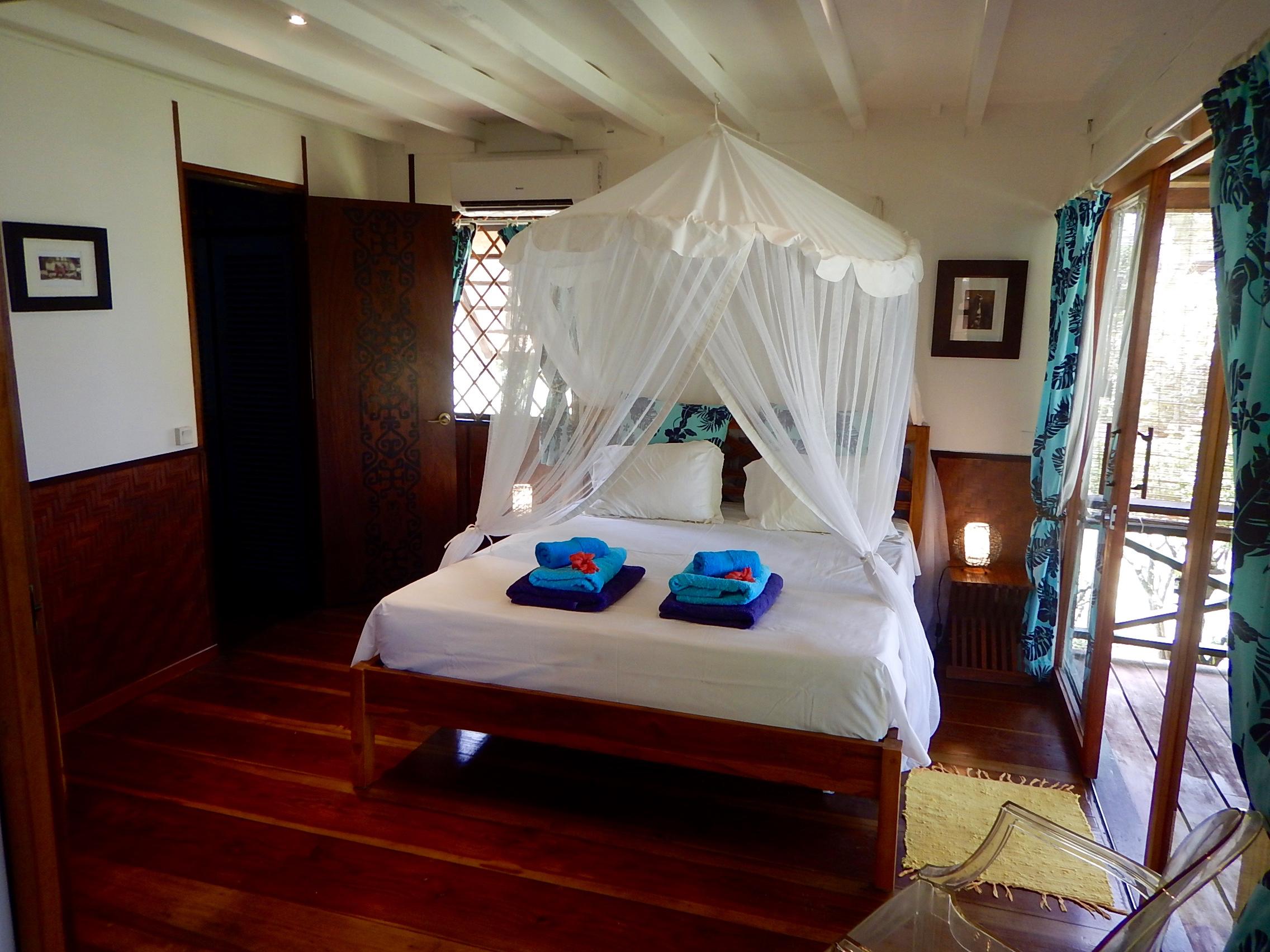 Mahana - chambre 1.jpg