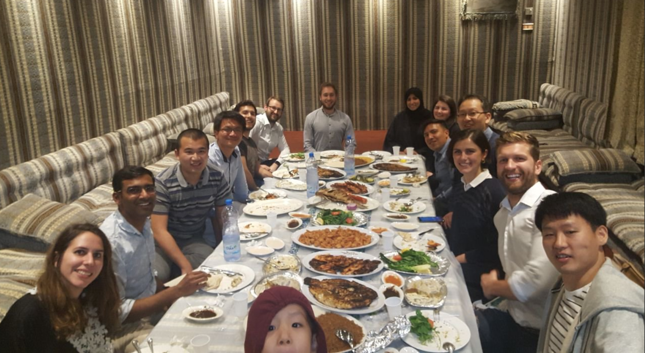 Group Dinner at Thuwal - 21/2/18OMEGA Lab team member visit neighboring town Thuwal, with guest visitor Dr.Han Woo Young, for a nice traditional evening dinner!