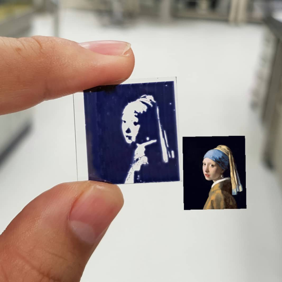 Who says art cannot produce energy? Or that solar cells cannot be beautiful? - 26/2/18Beautiful inkjet printed solar cell by PhD student Daniel Corzo.