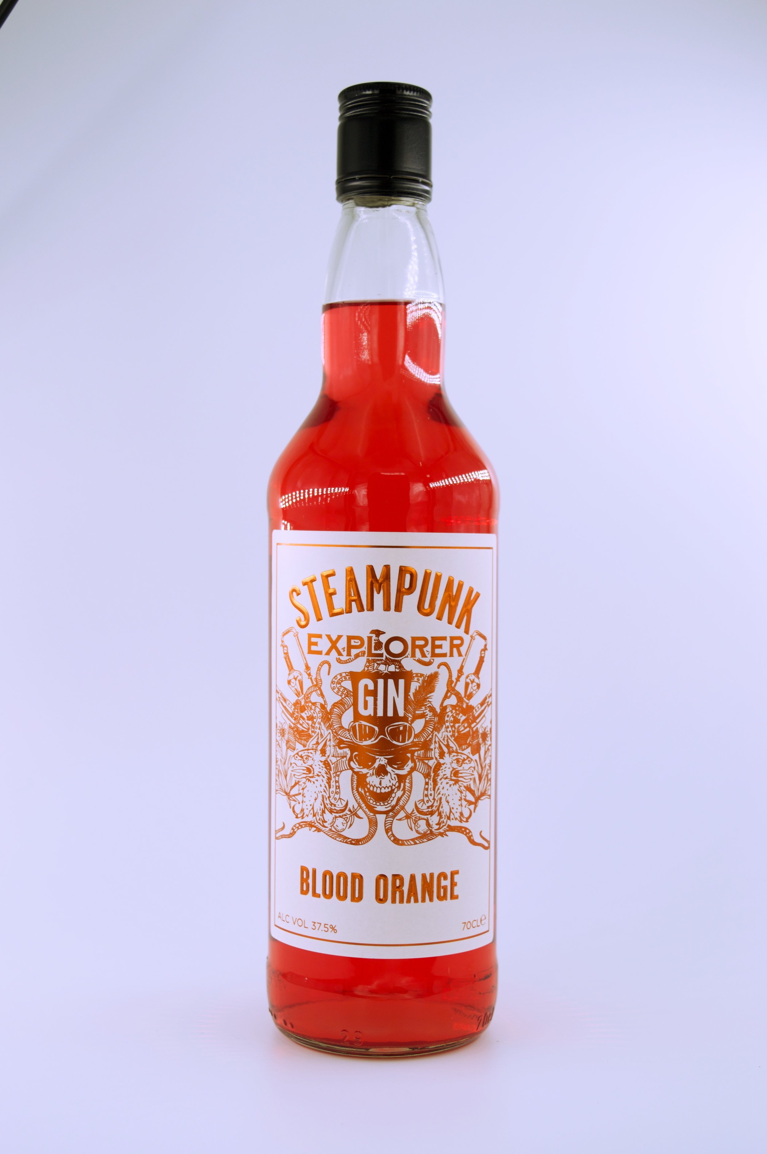 a lovely gin with the refreshing citrus taste of blood orange
