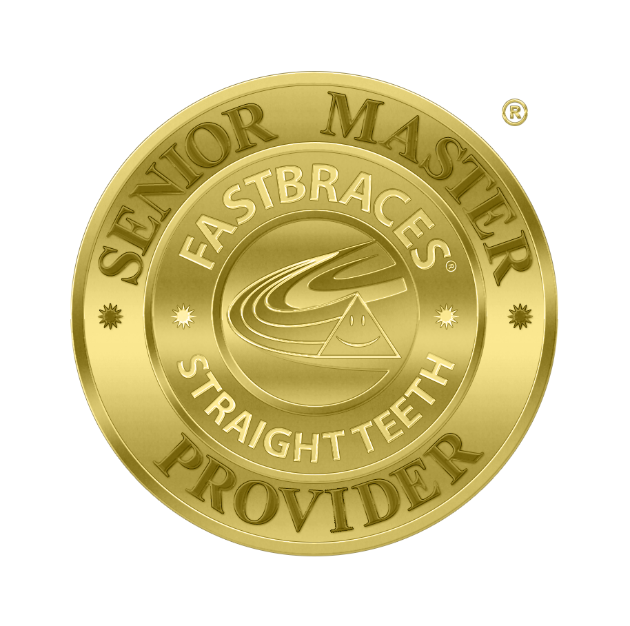 *FASTBRACES®  Expert refers to a merit status based on the standards set out by the AAO (American Association for Orthodontics) for American orthodontists. A Senior Master Affiliate has completed at least 100 cases to these standards.