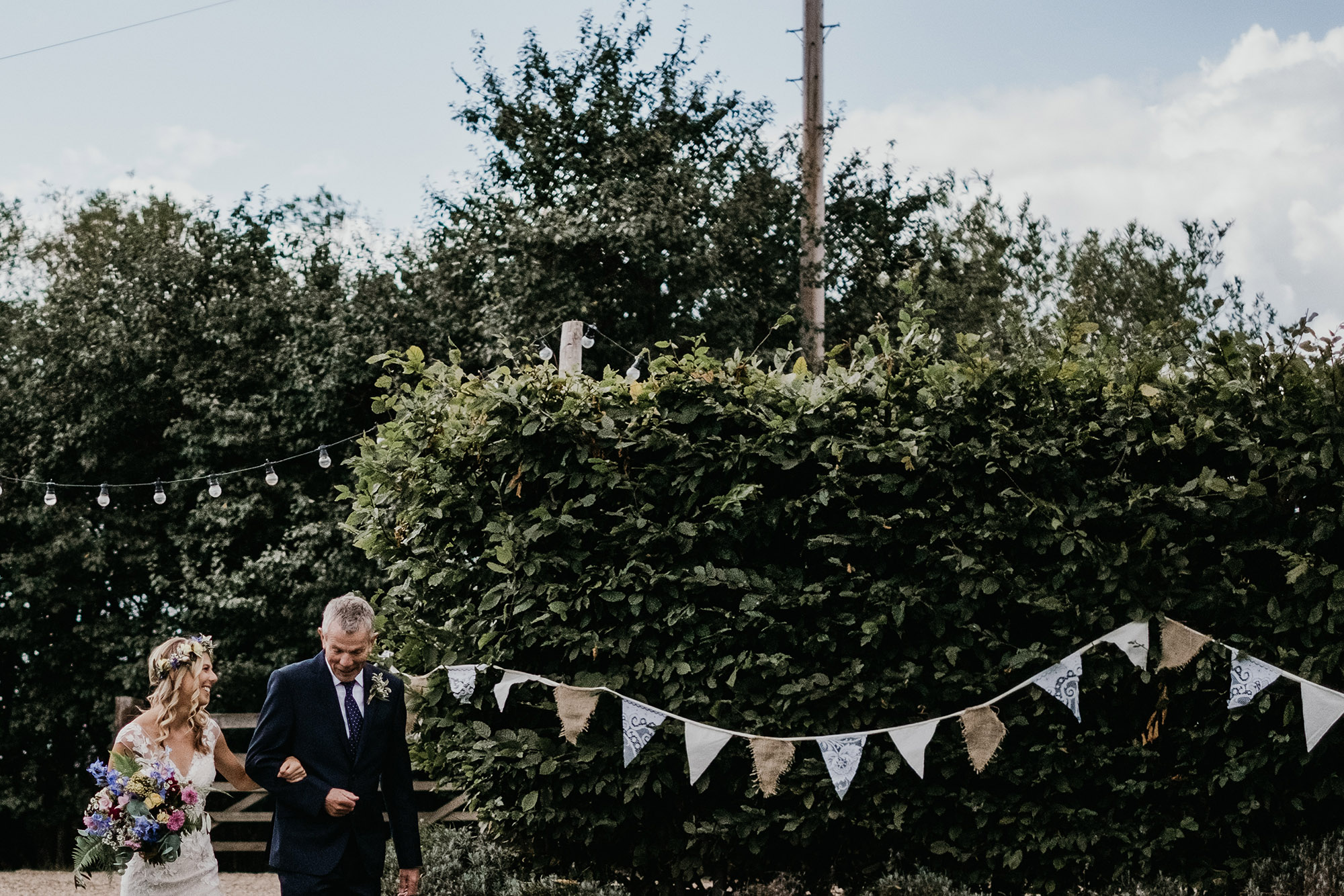 KENT WEDDING PHOTOGRAPHY - SOUTH EAST ENGLAND WEDDING PHOTOGRAPHER