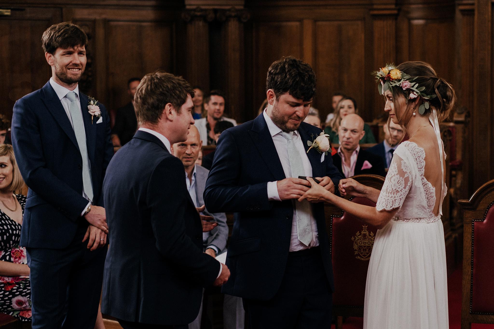Islington-town-hall-wedding36.jpg
