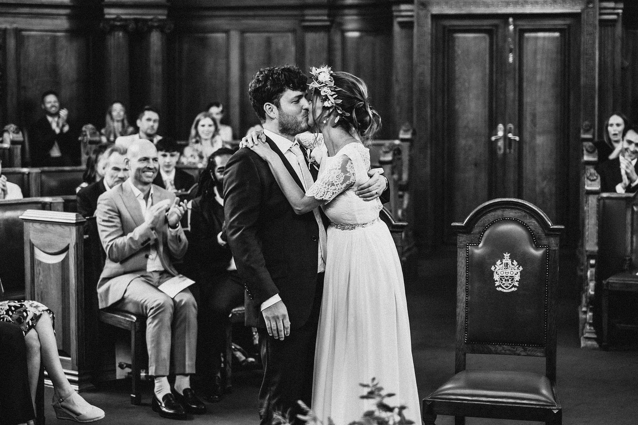 Islington-town-hall-wedding37.jpg