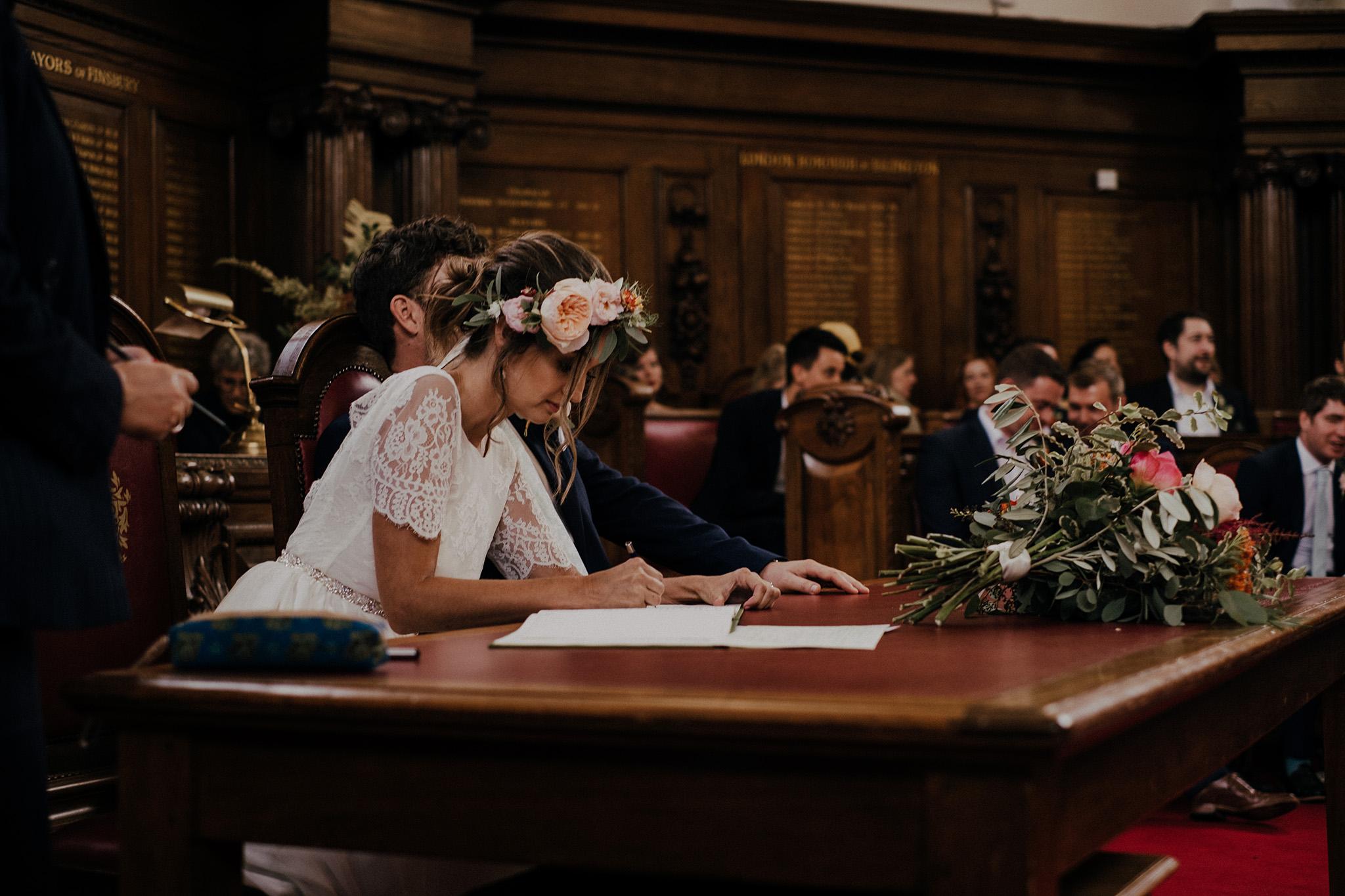 Islington-town-hall-wedding40.jpg
