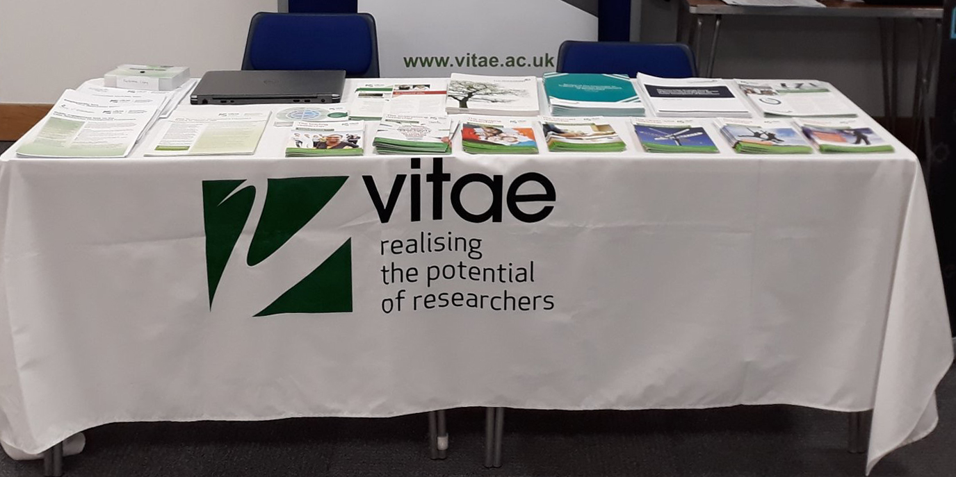 - We welcomed Rachel Cox from Vitae for the day and gathered helpful resources from the Vitae stand. Photo @RachelVitae1