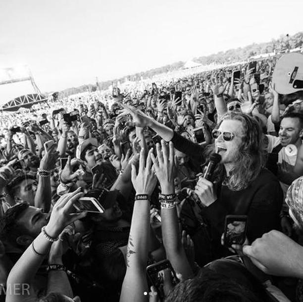¿Ganas de darlo TODO en un concierto de The Lumineers? Pues no te los pierdas el próximo 2 de noviembre en @wizinkcenter ¡Único concierto en nuestro país! 🔥🔥 . Entradas en @livenationesp y @ticketmasteres . . 📷 @thelumineers . . #Thelumineers #Madrid #wizinkcenter #conciertos #conciertosmadrid #livenation