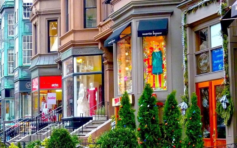 800-newbury-street-boutiques-xmas.jpg
