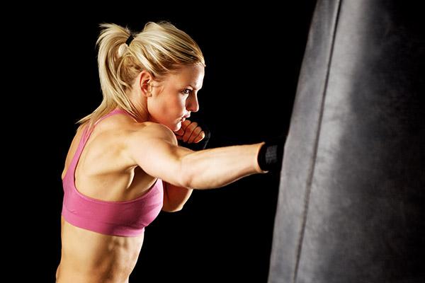 1456870312Women-Kickboxing.jpg