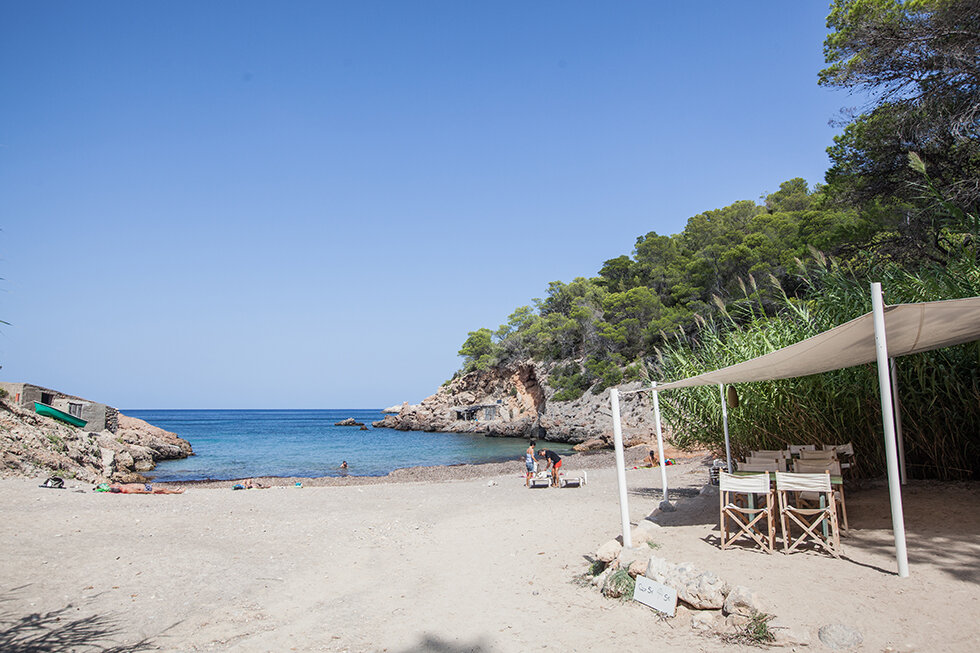 Cala Xuclar, which is just a 3 minute walk from Xuclar Beach House