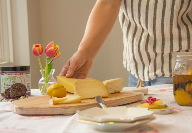 Comte-Cheese-Plate-setting-close-up-5214.jpg
