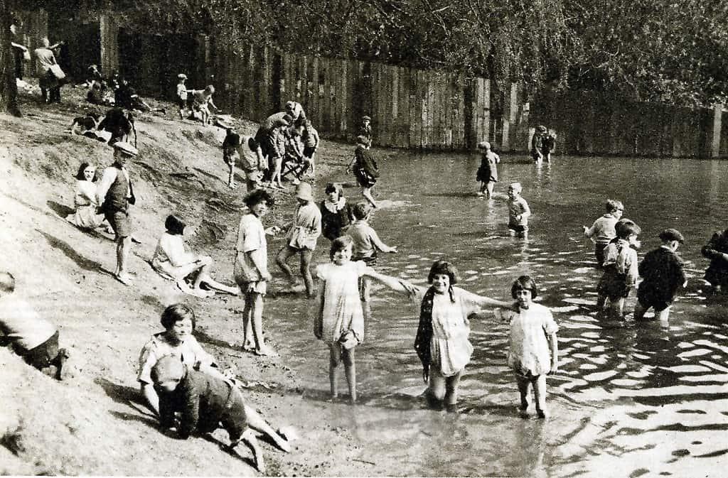 the ponds - 1745 - 1967