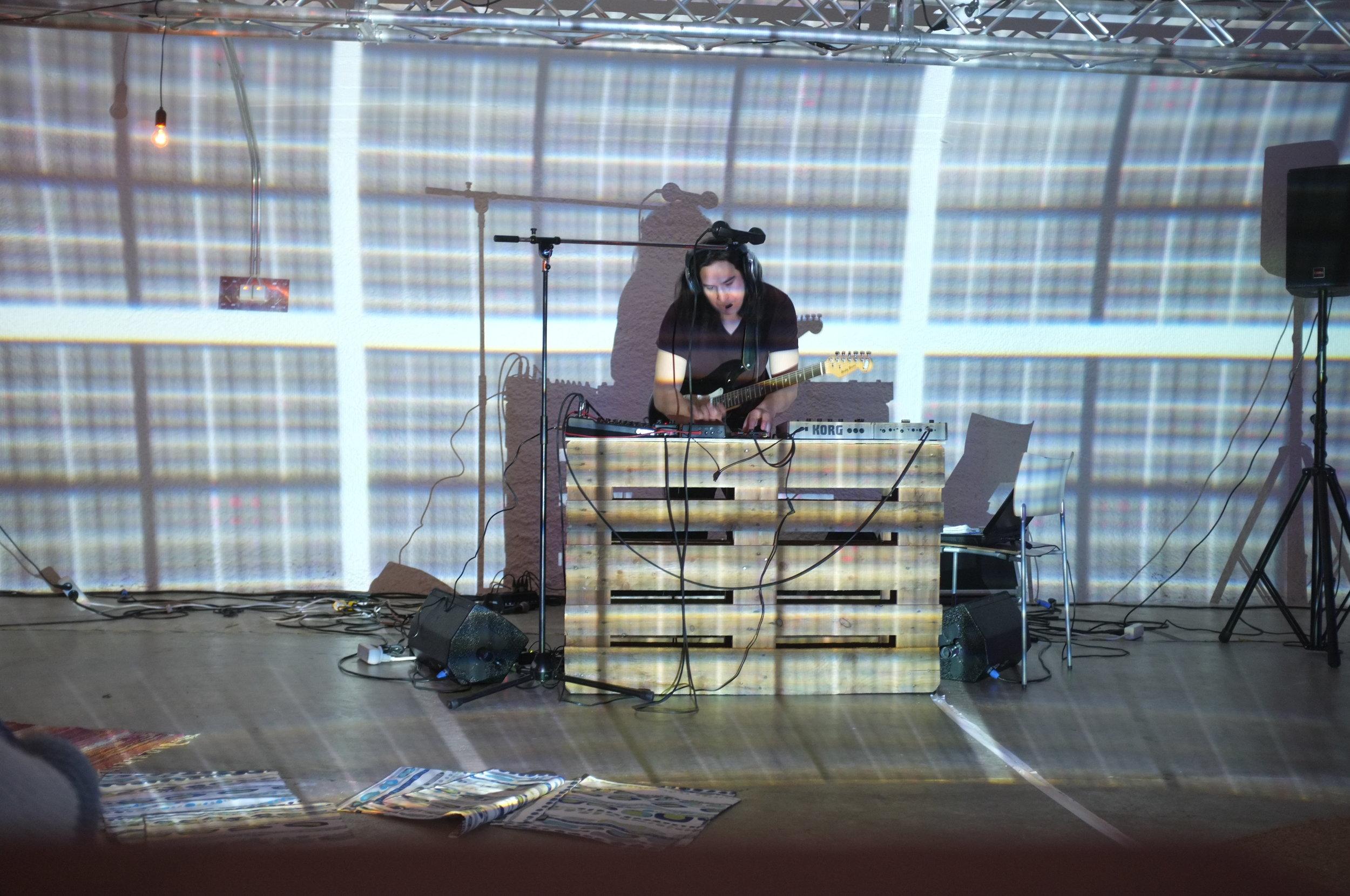 Helsinki - Casey and Davis Performance Vapaan Taian Tilla 16.JPG